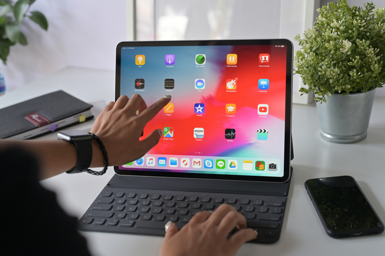 Apple to Launch 12.9-inch iPad Pro With Mini-LED Display in 2020: Report