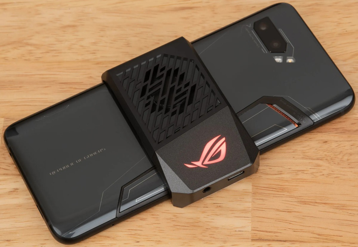 Asus ROG Phone 2 Android 10 update is now rolling out