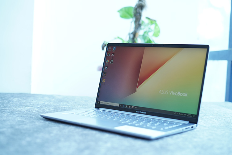 Asus Vivobook 14 X403 Review: The Perfect Work Laptop