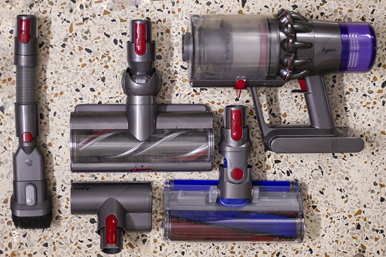 Dyson V11 Absolute Pro Vacuum Cleaner Review