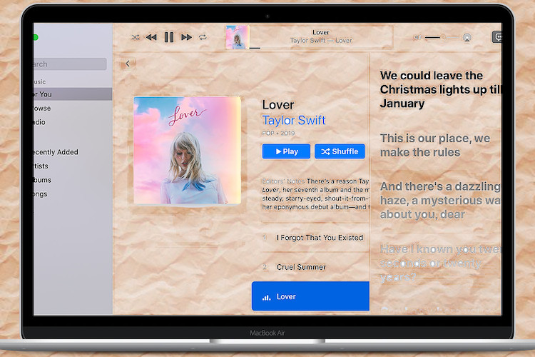 How to Show Time-Synced Lyrics in Apple Music on Mac