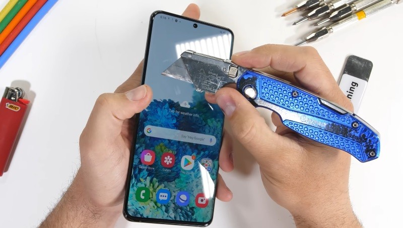 Samsung Galaxy S20 Ultra gets thumbs up in durability test