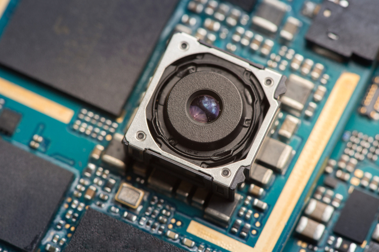 Samsung is Making 1-Inch 150MP NONACELL Camera Sensors