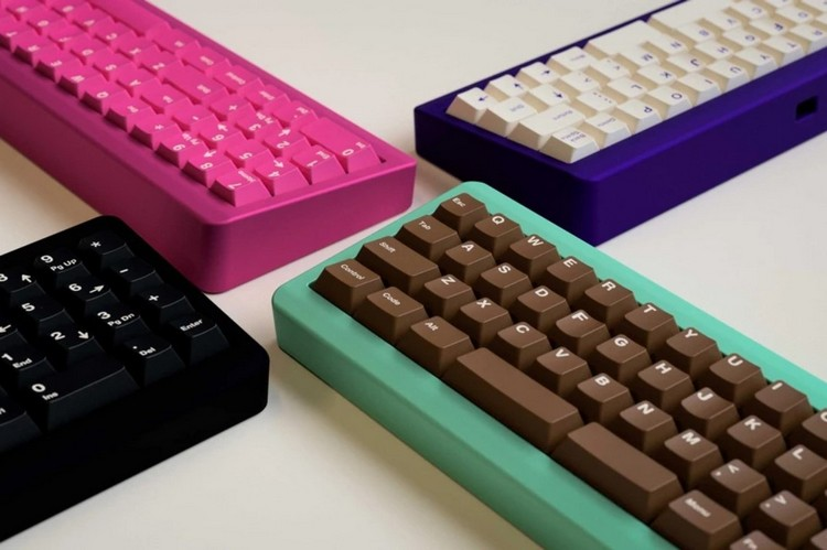 This Candybar Thing is Actually a Really Cool Mechanical, Modular Keyboard