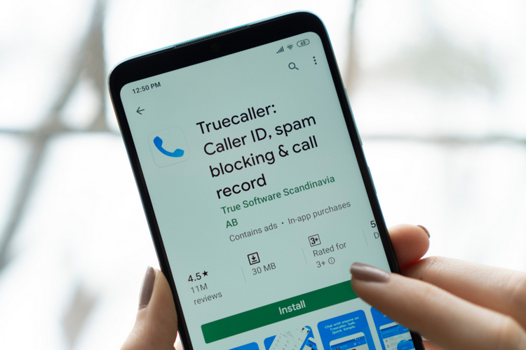 Truecaller May Soon Detect Phone Scammers in Real Time