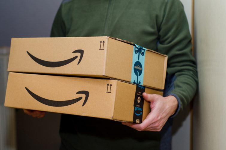 Amazon, Flipkart Resume Deliveries of Non-Essential Goods