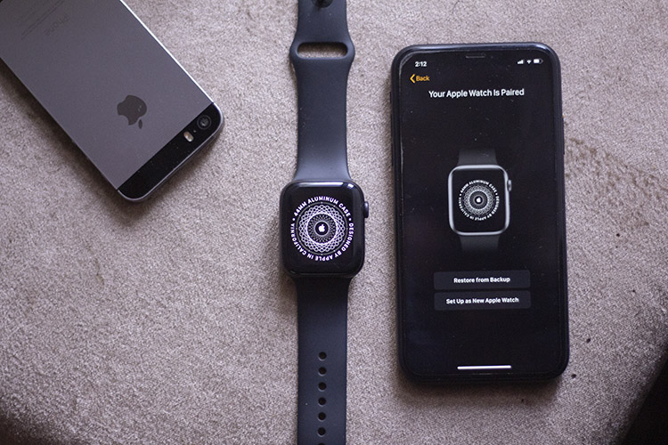 How to Pair/Unpair Apple Watch with New iPhone (All Methods)