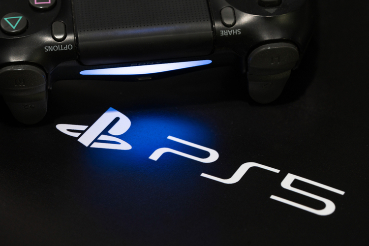 """PS5 Tech Could End """"The World of Loading Screens"""": Epic Games CEO"""
