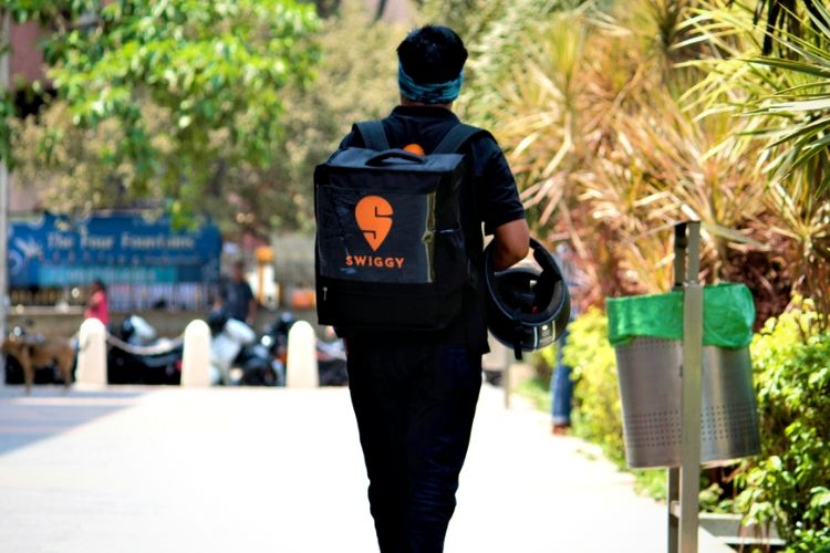 Swiggy Starts Offering Raw Materials on Credit to Partner Restaurants