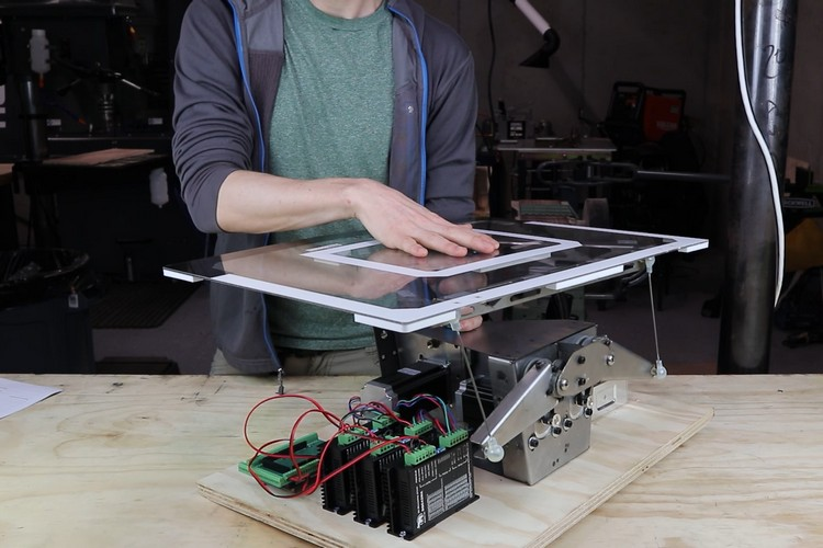This Robotic Backboard Can Make a You a Pro in Basketball