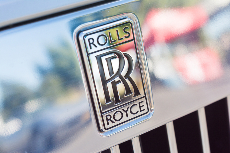 This Video Shows Why a Rolls Royce Car is So Expensive