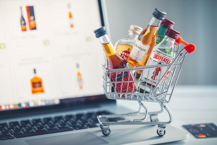 Amazon, BigBasket, Enter Alcohol Delivery Business in India