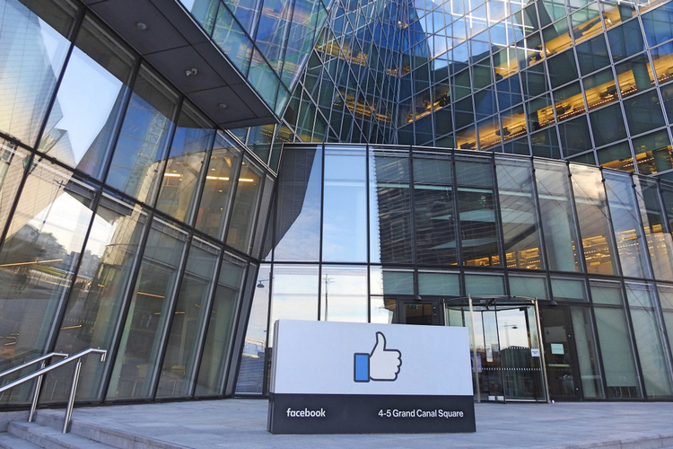 Facebook to Review Content Policies Following Employee Backlash