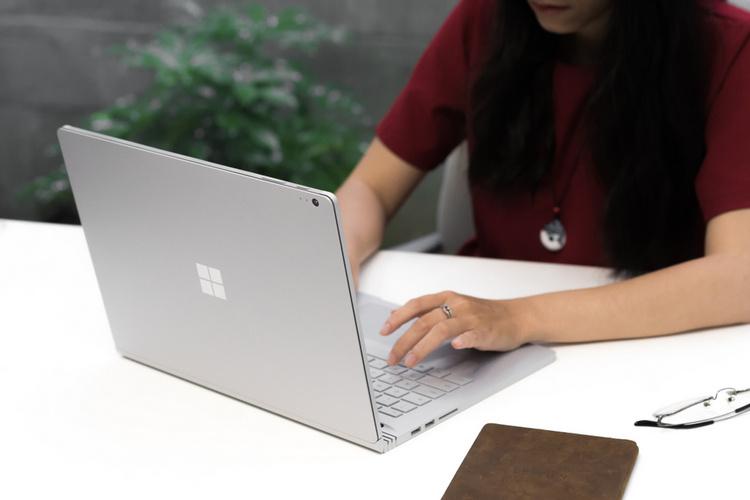 Microsoft Surface Laptop 4 Might Be Powered by AMD Ryzen 7 4800U CPU
