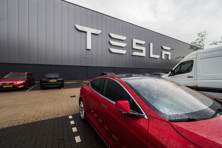 Tesla to Build Their New 5 Million Sq Ft. EV Manufacturing Plant in Texas