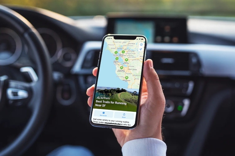 How to Use the New Guides Feature in Apple Maps