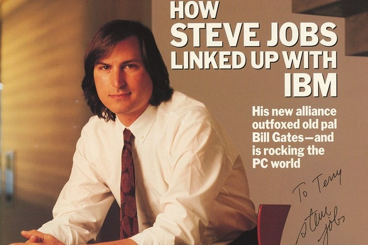 Magazine Cover Signed by Steve Jobs Sold for Over $16,000