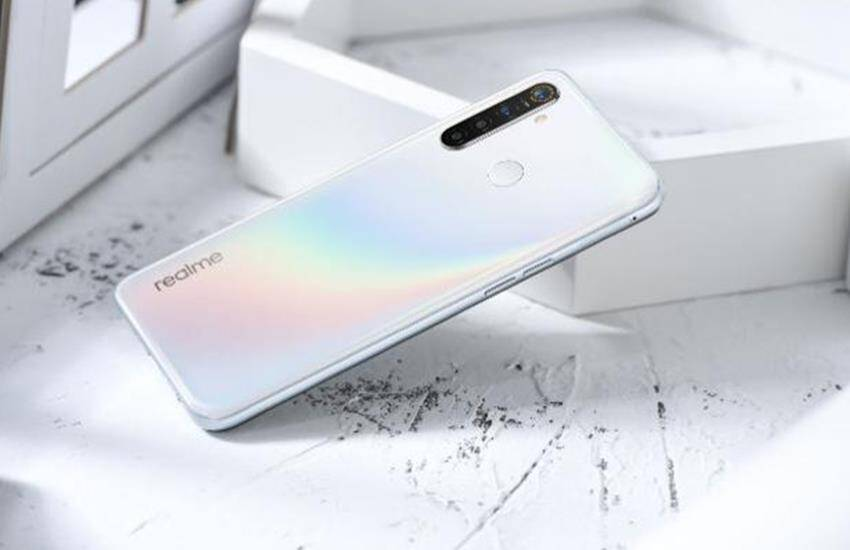Realme C3 Volcano Gray, Realme 5 Pro Chroma White color variant launched in india, know realme mobile price, flipkart, smartphones under 20000 - new color variants of Realme C3 and Realme 5 Pro launched in India, know price