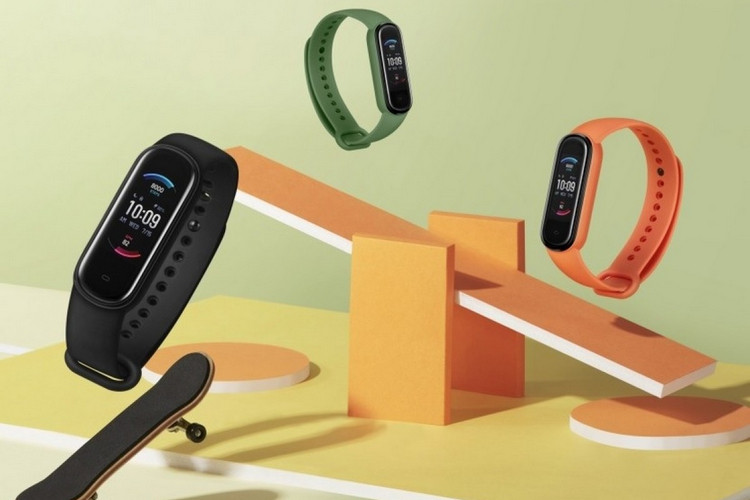 Amazfit Band 5 With AMOLED Screen, SpO2 Sensor, Alexa Support, Launched at $45