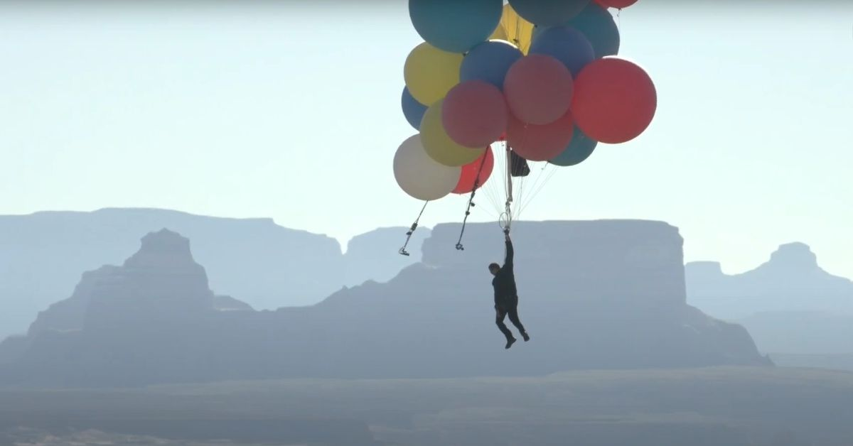 David Blaine's death-defying balloon stunt was surprisingly fun to watch