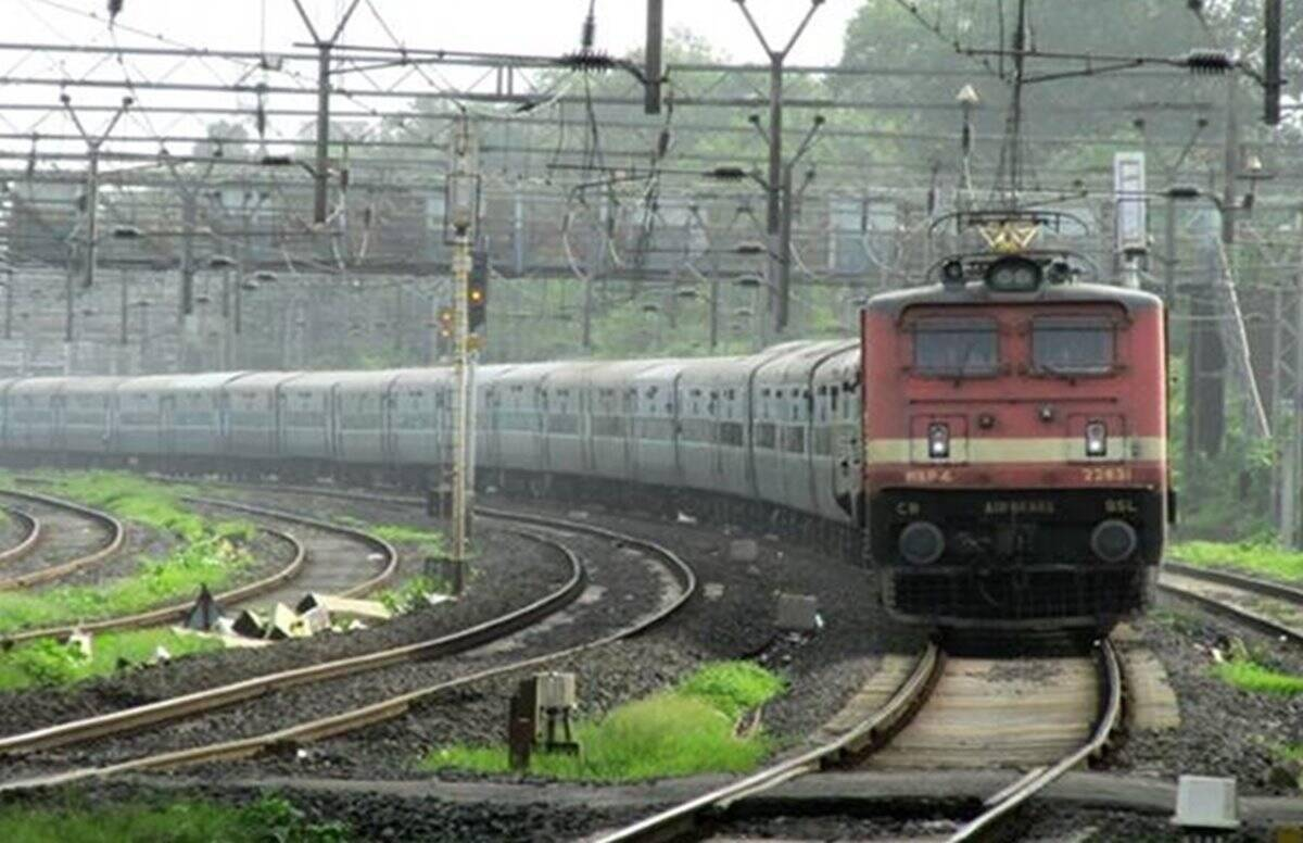 IRCTC Special Train Ticket Booking Online, Full List, Route details at www.irctc.co.in: Indian Railways Starts 80 Special Trains from September 12 - IRCTC Special Trains Ticket Booking, Route: 80 new special trains will run from September 12 Learn some important things first