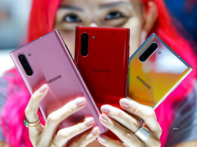 Samsung bringing new series of cheap smartphones, preparing to compete with Chinese brands