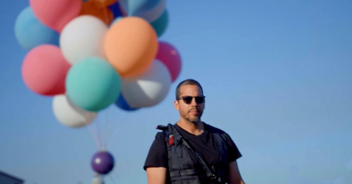 Watch David Blaine's Ascension: Livestream of his balloon stunt starts now