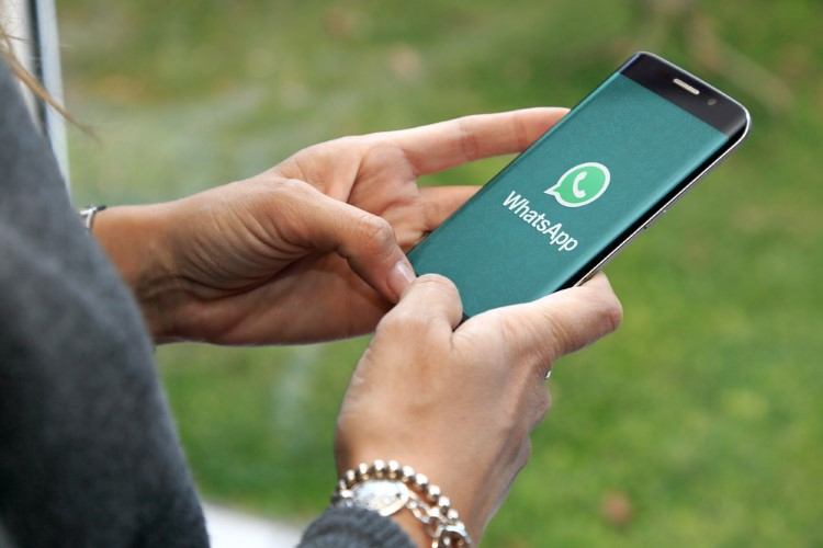 WhatsApp Beta for Android Hints at New Call Button, Catalogue & Doodles Feature
