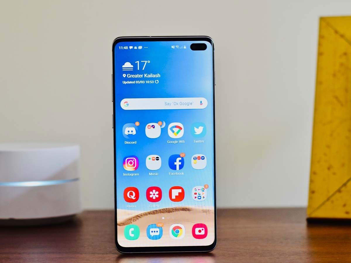 samsung galaxy s10 +: samsung galaxy s10 + smartphone today a discount of 26 thousand rupees - samsung galaxy s10 plus smartphone today available with a discount of rupees 26000