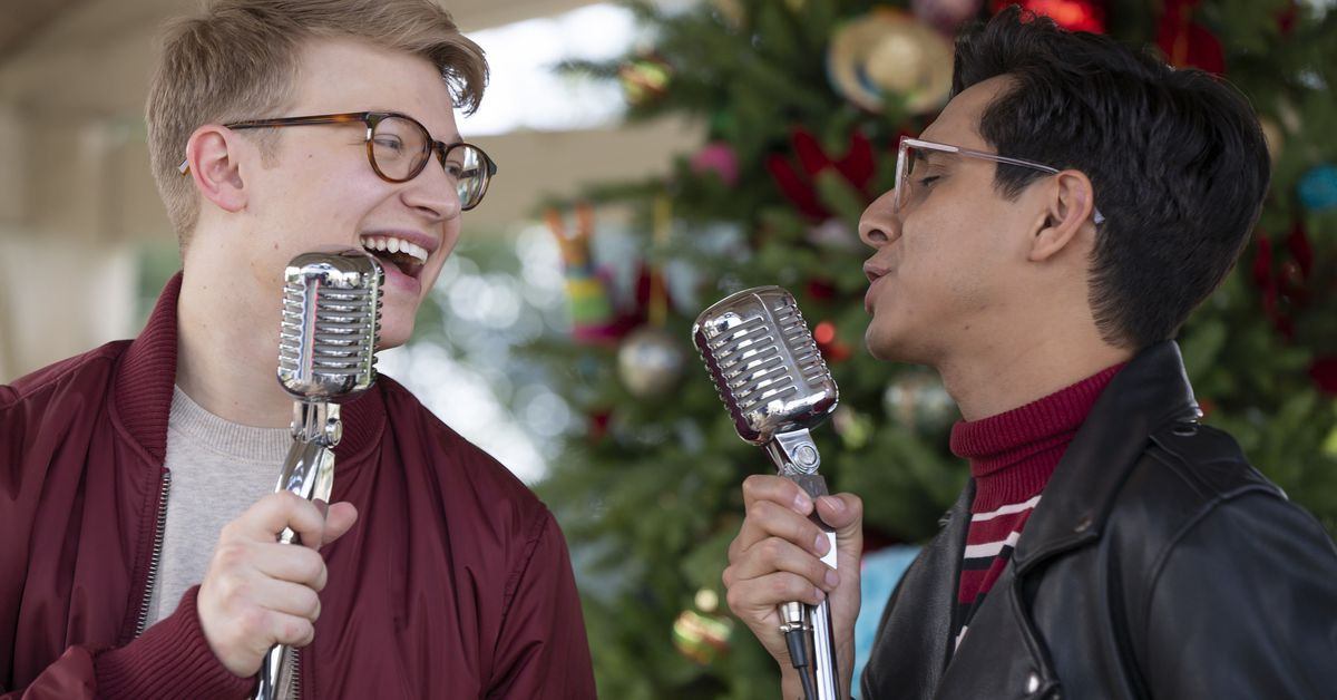 High School Musical: The Musical: The Series gets a holiday special trailer
