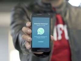 WhatsApp users share your live locations in just three click - Send your live location on WhatsApp with three clicks, learn more tricks like this