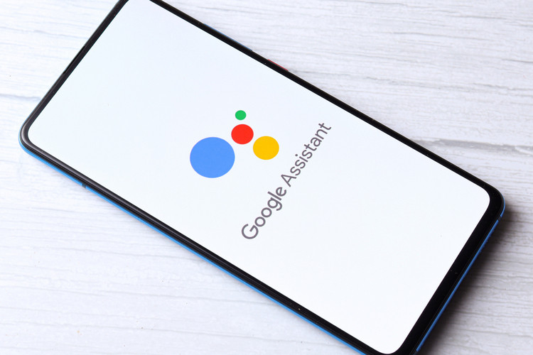 How to Change Google Assistant Voice and Language