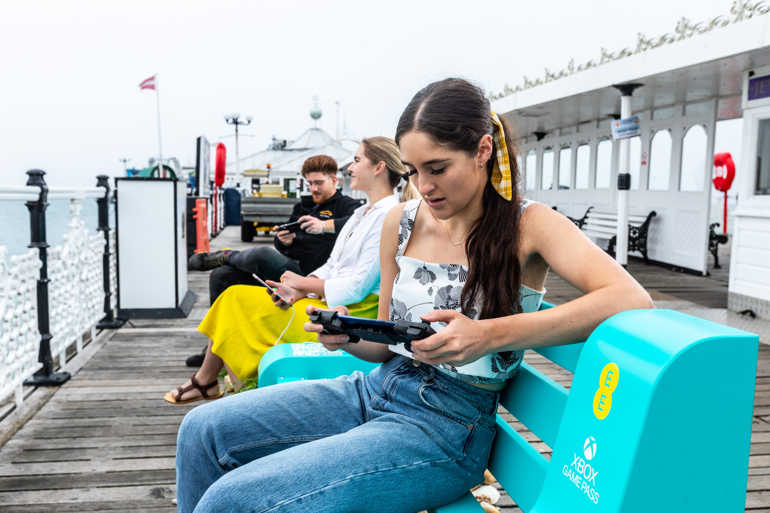EE creates 5G 'Pit Stops' to show off cloud gaming