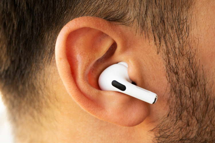 How to Announce Notifications on AirPods in iOS 15