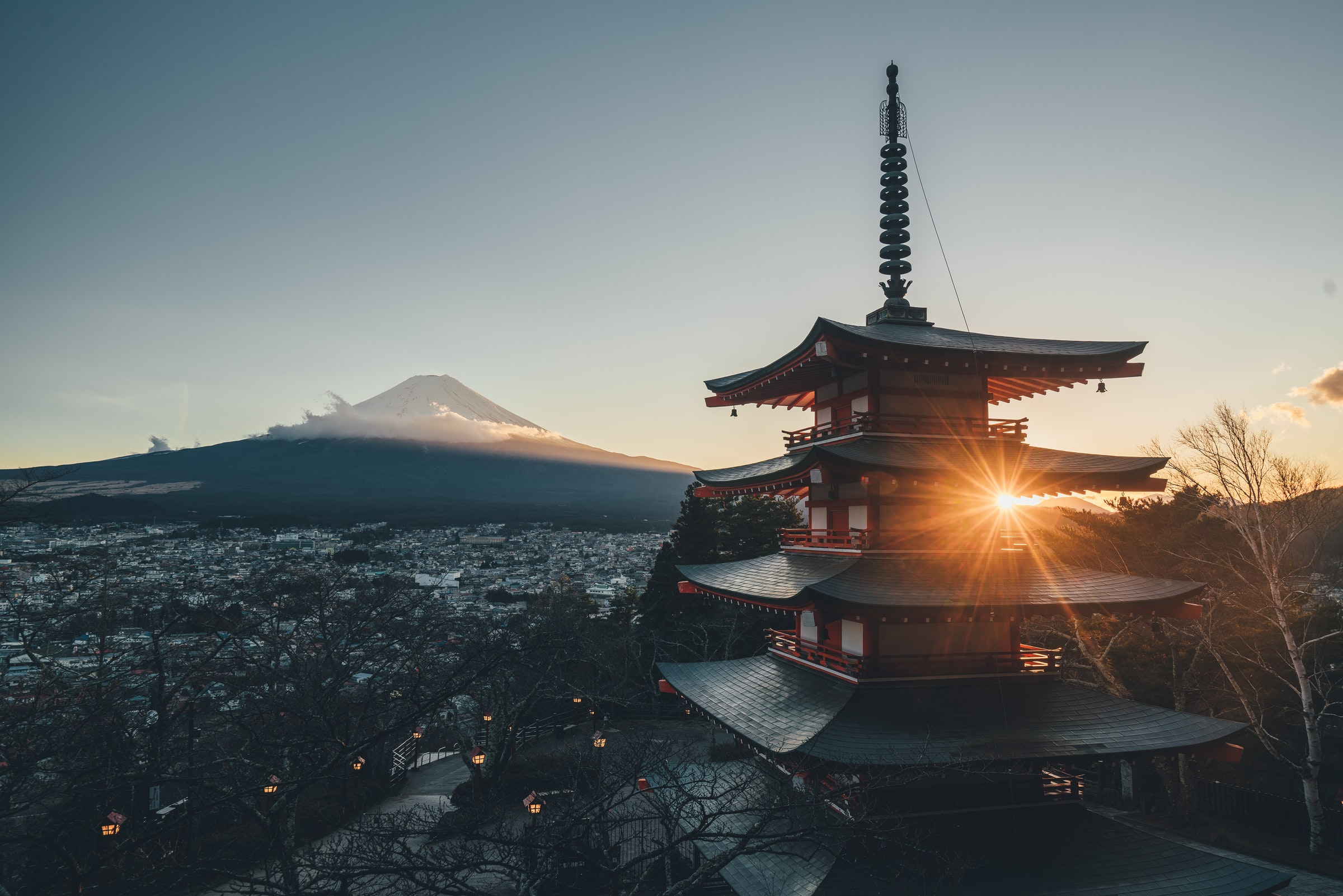 Japan sets new internet record with 319Tb/s data transfer speed