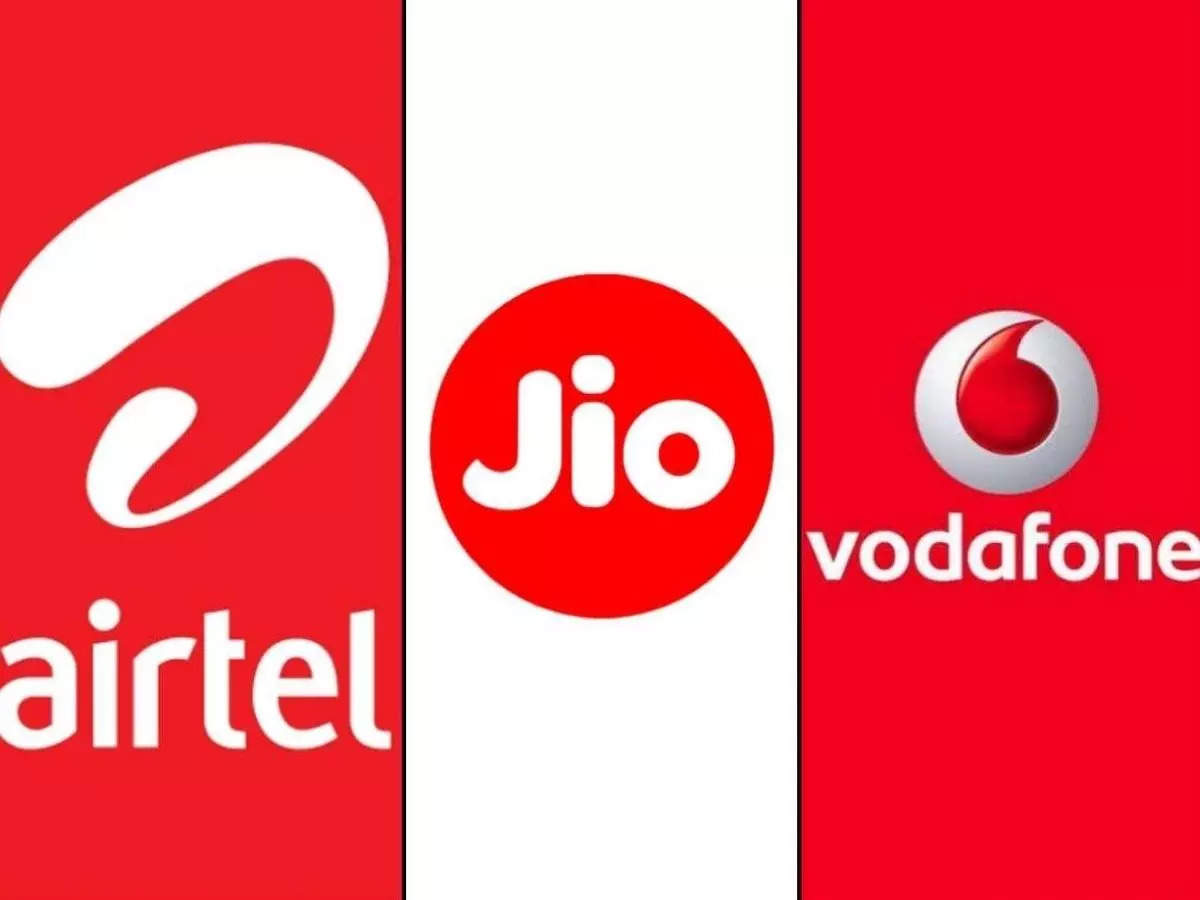 jio airtel vodafone prepaid plan under 200 rupees: Jio vs airtel vs Vodafone Dhansu prepaid plan under 200 rupees, unlimited calls and free offers - reliance jio airtel vodafone cheapest prepaid recharge plan under 200 rupees with unlimited call data and free offers